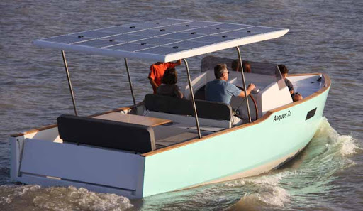 Electric and solar boat rental Cannes