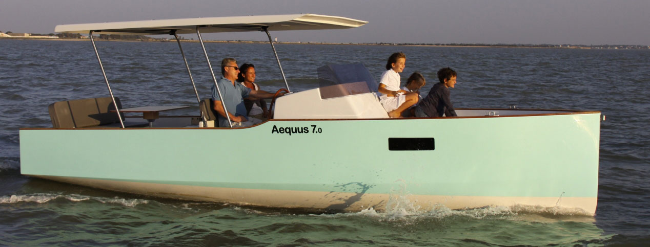 Electric and solar boat rental