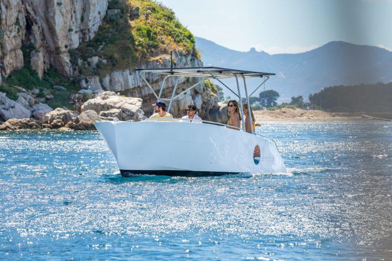constructeur de bateau électrique